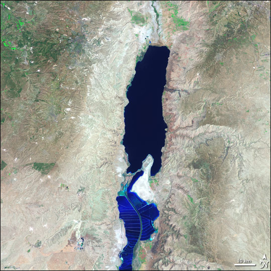 Water shortages in Dead Sea could increase tensions in Middle East